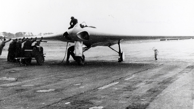 Немецкий реактивный истребитель-бомбардировщик Go.229.