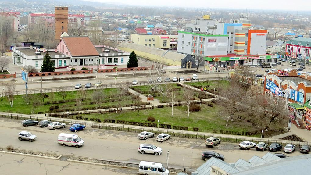 Сквер и детский сад Улыбка.