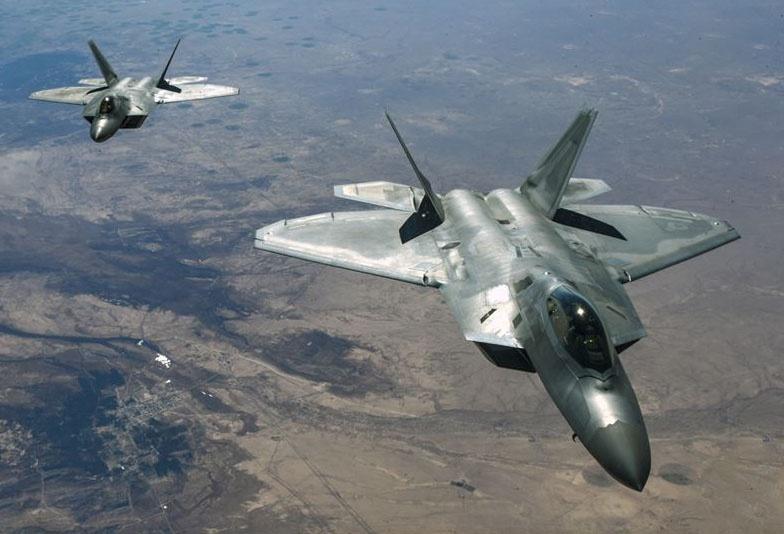 F-22 Raptors над Сирией.