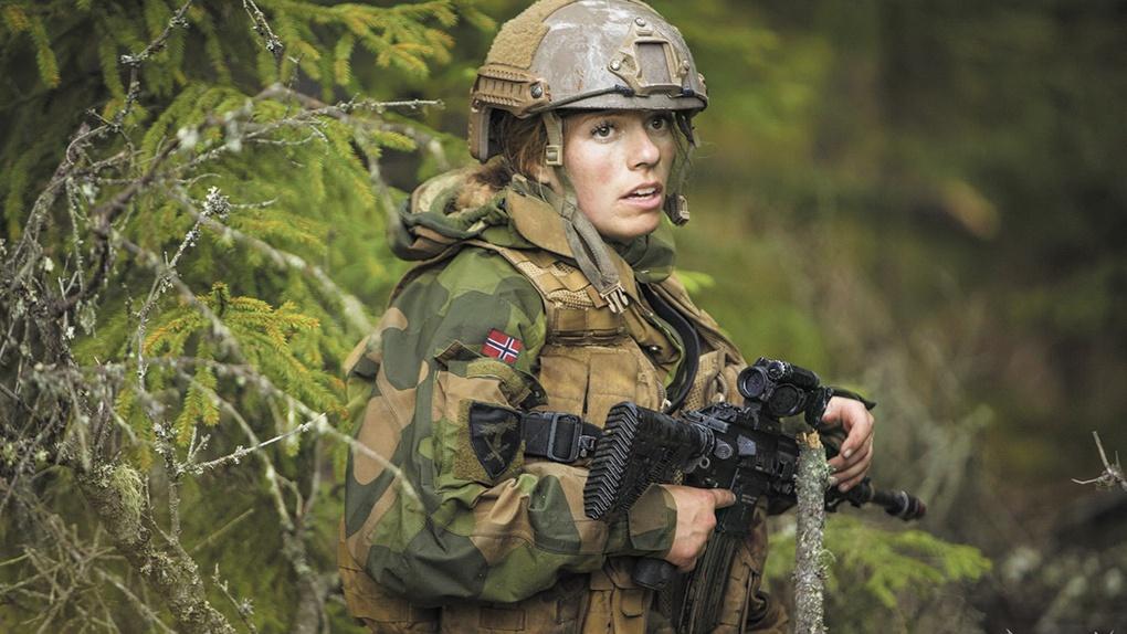 Число женщин-военнослужащих будет увеличено до 20%.
