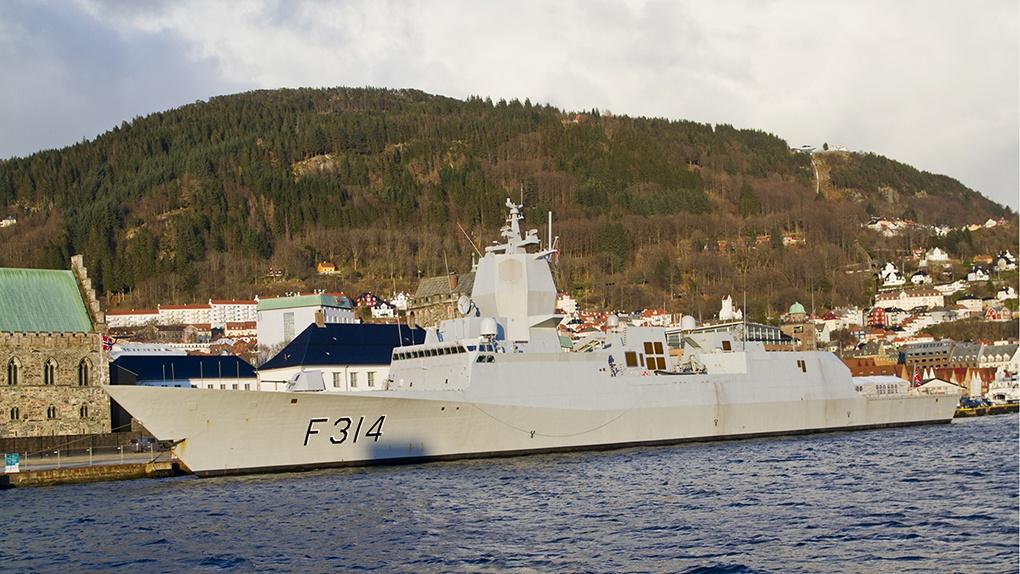 Один из кораблей ВМС Норвегии.