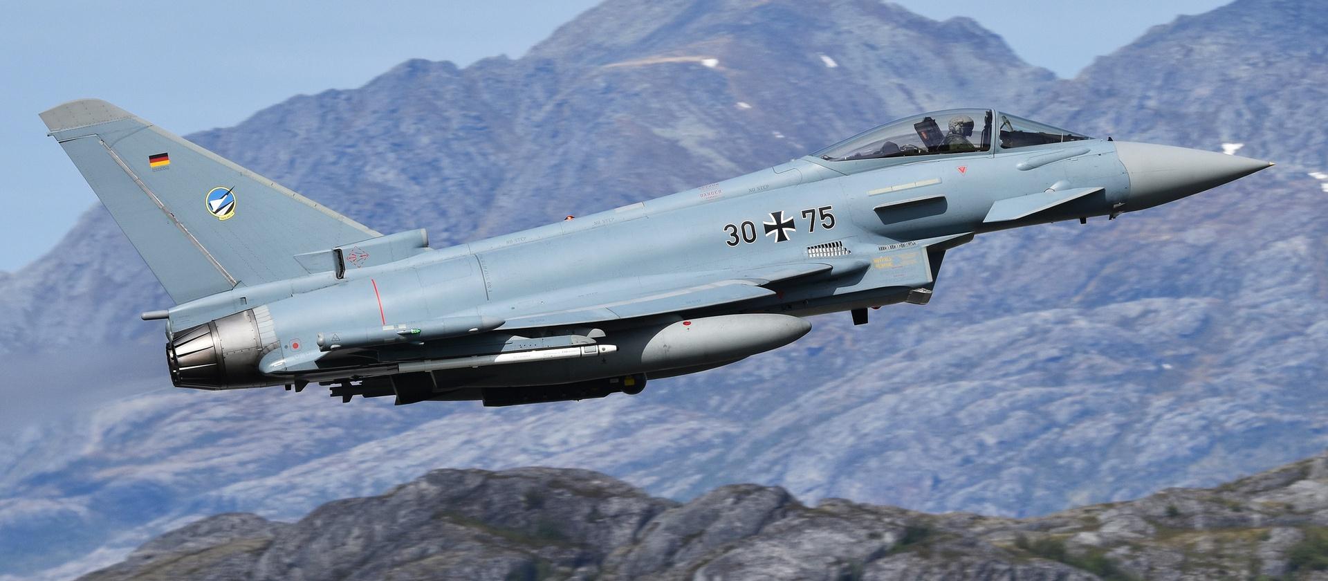 Eurofighter против F-35: бои за бюджет