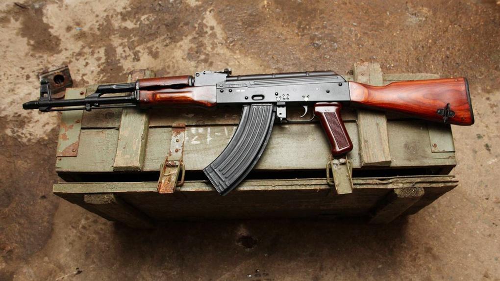 АКМ-47.