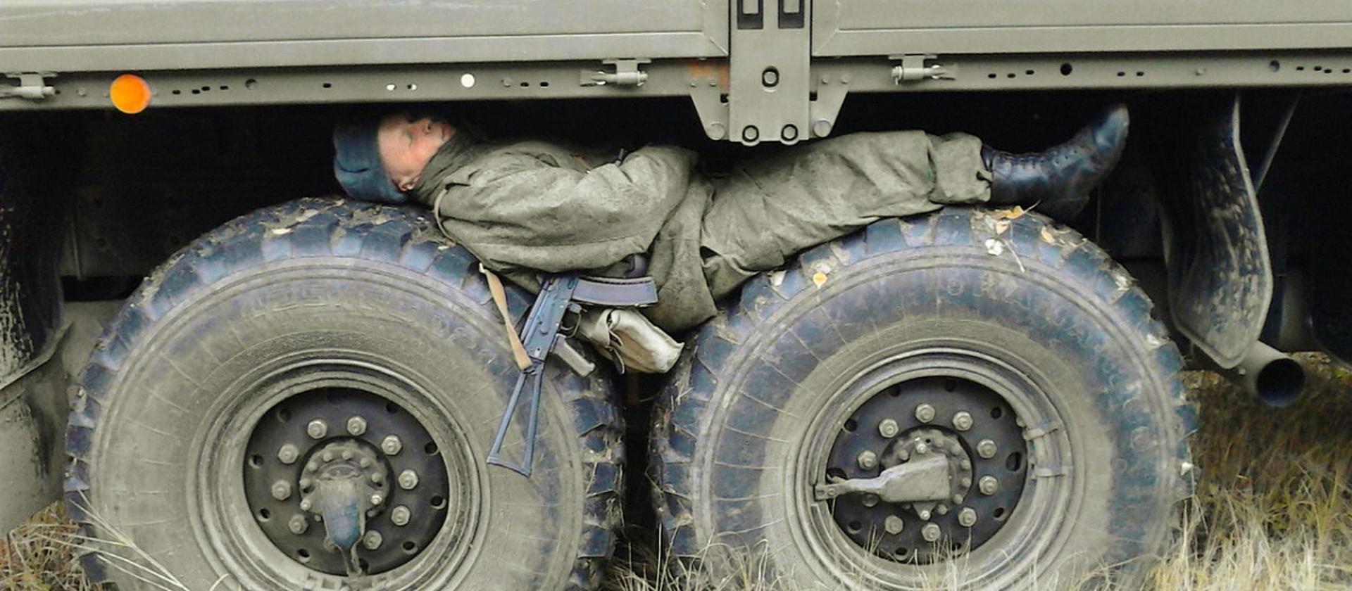 Солдат спит - служба идет?