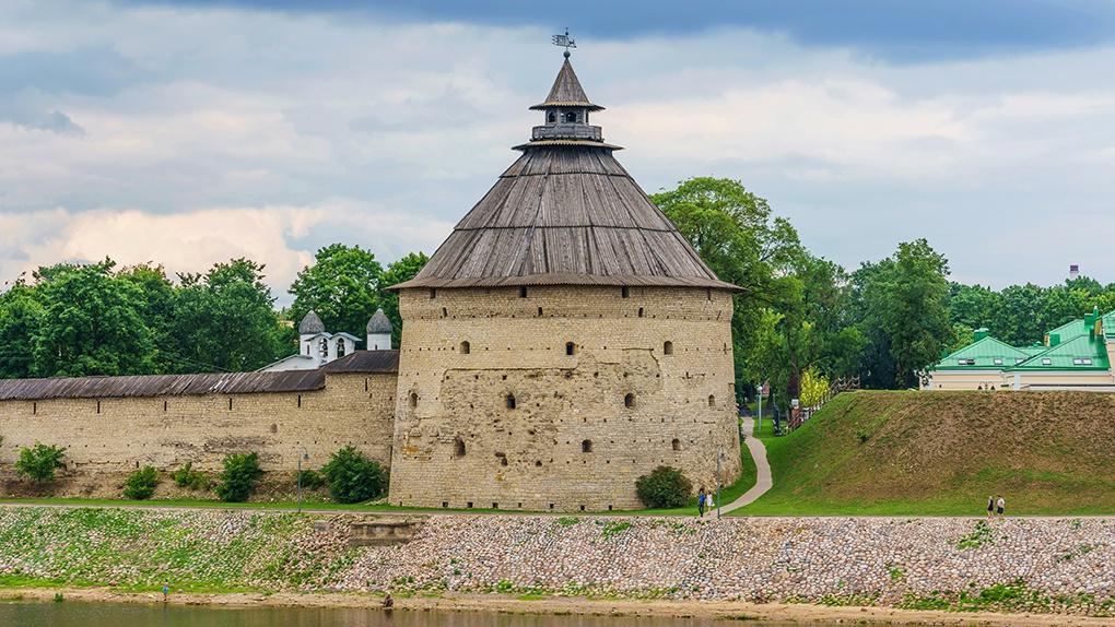 Современный вид Покровской башни.
