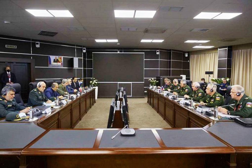 Встреча министров обороны Ирана и России.