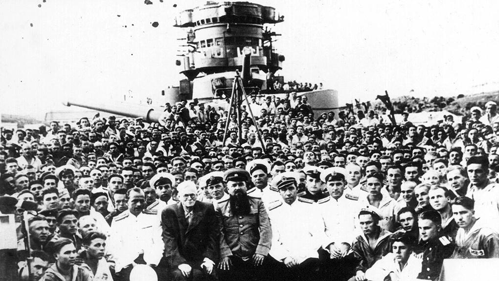 Групповое фото команды «Новороссийска».