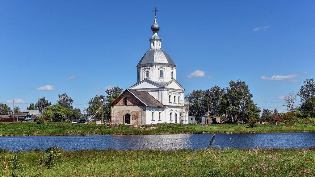 Родовой Храм Суворова в селе Кистошь Владимирской области.