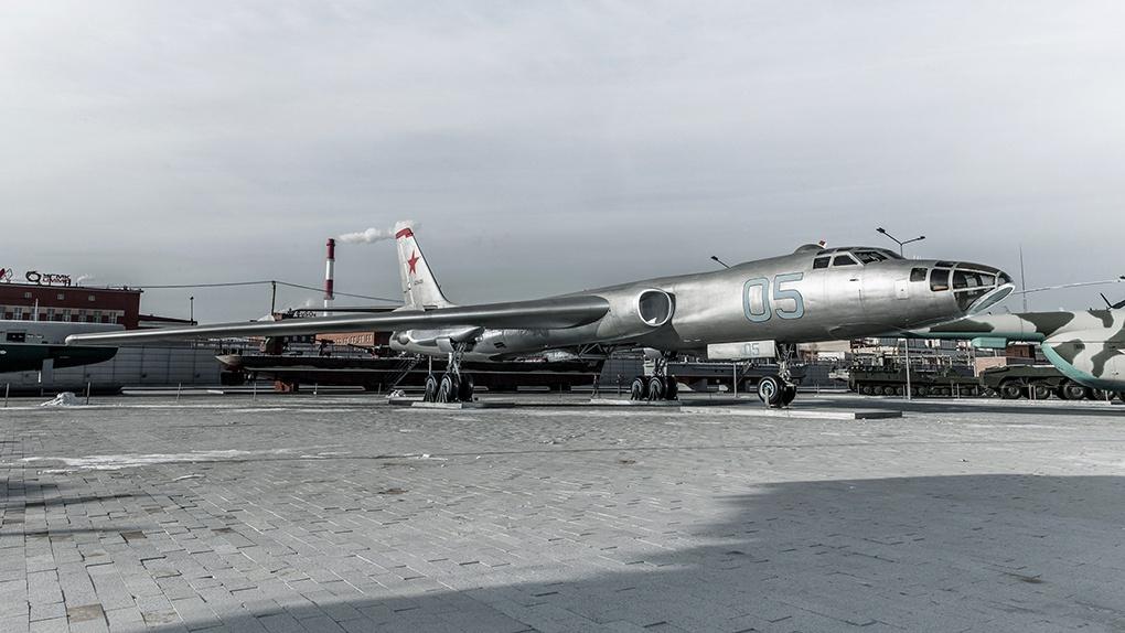 Ту-16ЛЛ.