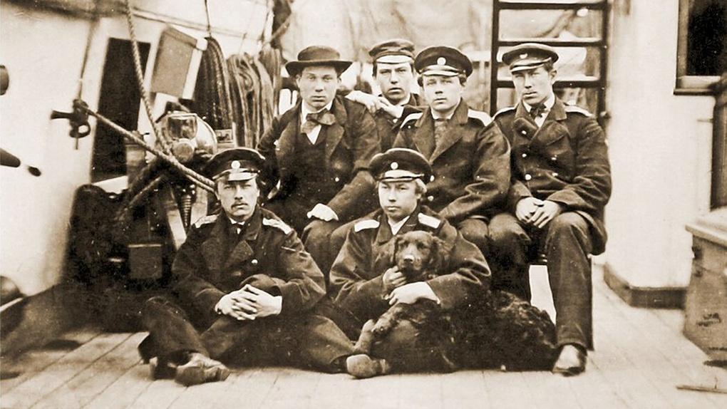 Группа гардемаринов на палубе клипера «Алмаз». 1862 год.