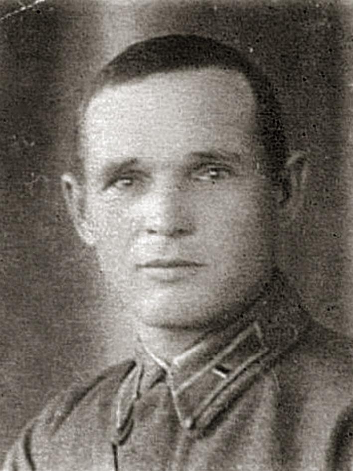 Командир 22-го КП майор Иван Павлович Бросалов.