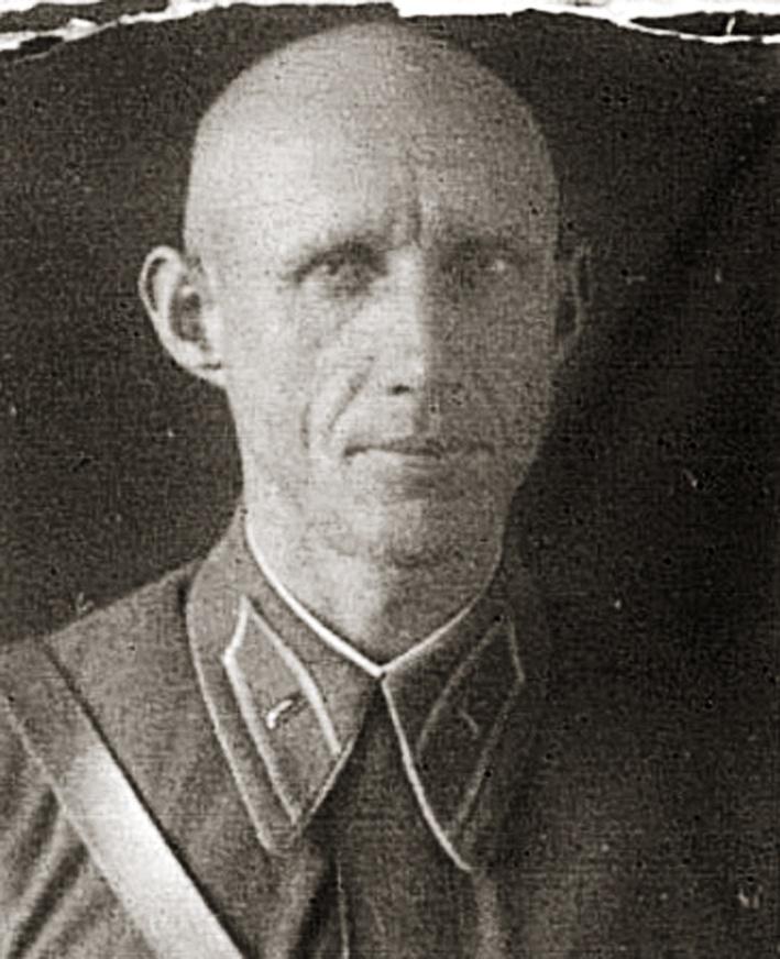 Командир 124-го КП майор Виталий Иосифович Чикулин.