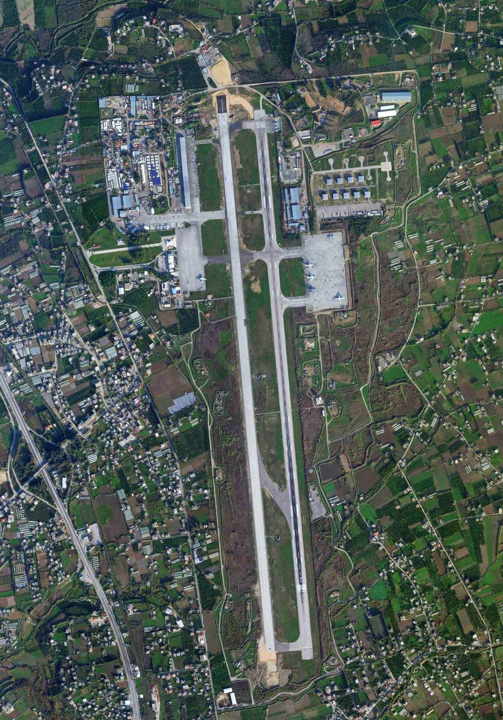 Спутниковое изображение авиабазы Хмеймим 14 декабря 2020 года.