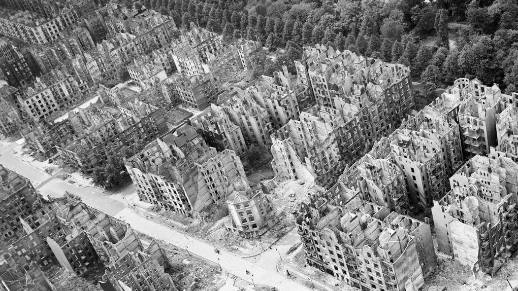 Руины Гамбурга.