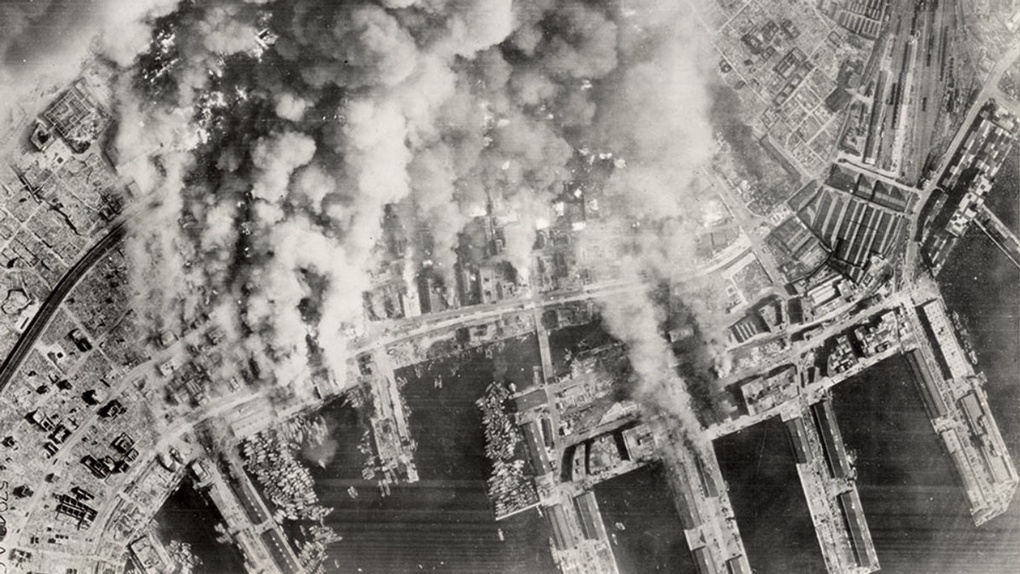 Горящий Токио 1945 г.