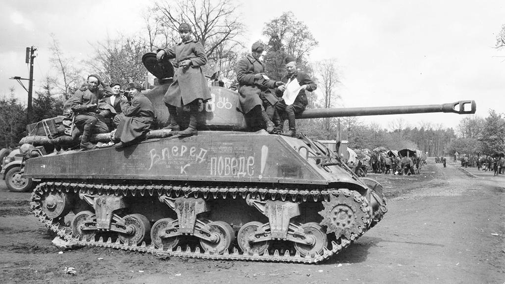«Шерман» хоть и уступал Т-34-85, но тоже был хорошим танком.