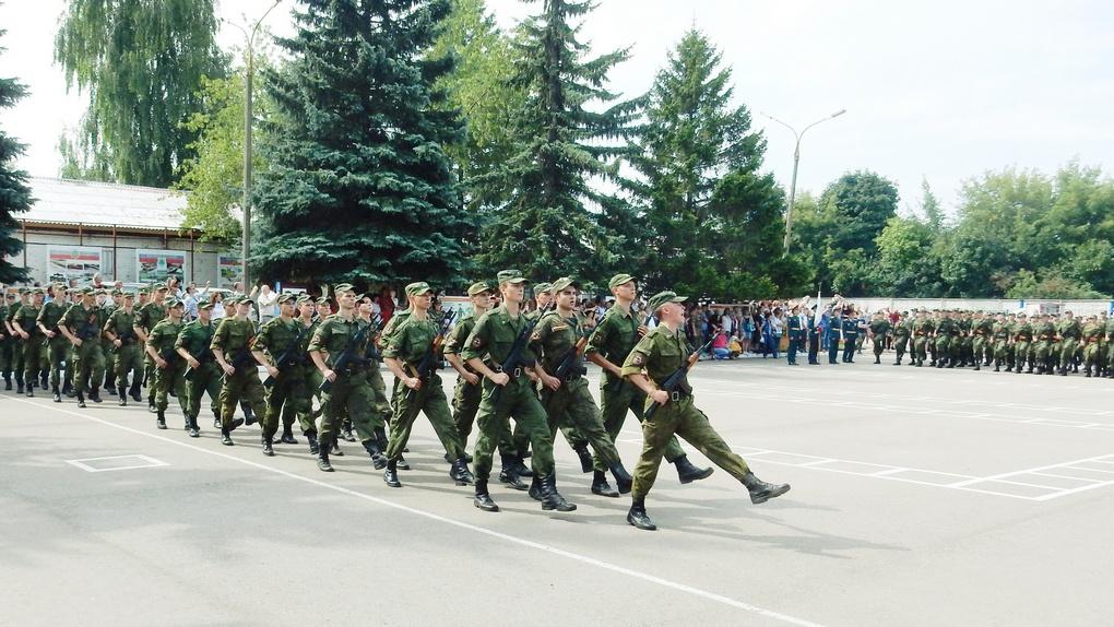 Военные учебные центры (ВУЦ) будут создаваться при государственных вузах федерального уровня.