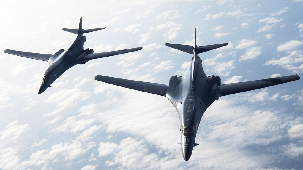 Стратегические бомбардировщики B-1B Lancer.
