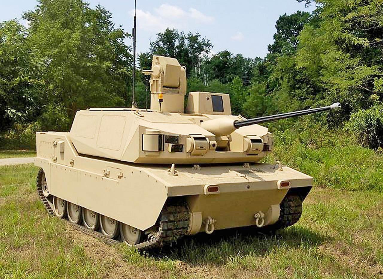 В чистом виде боевым должен стать «мини-танк» «Блэк Найт», оснащённый 25-мм или 30-мм пушкой и спаренным с ней пулемётом.
