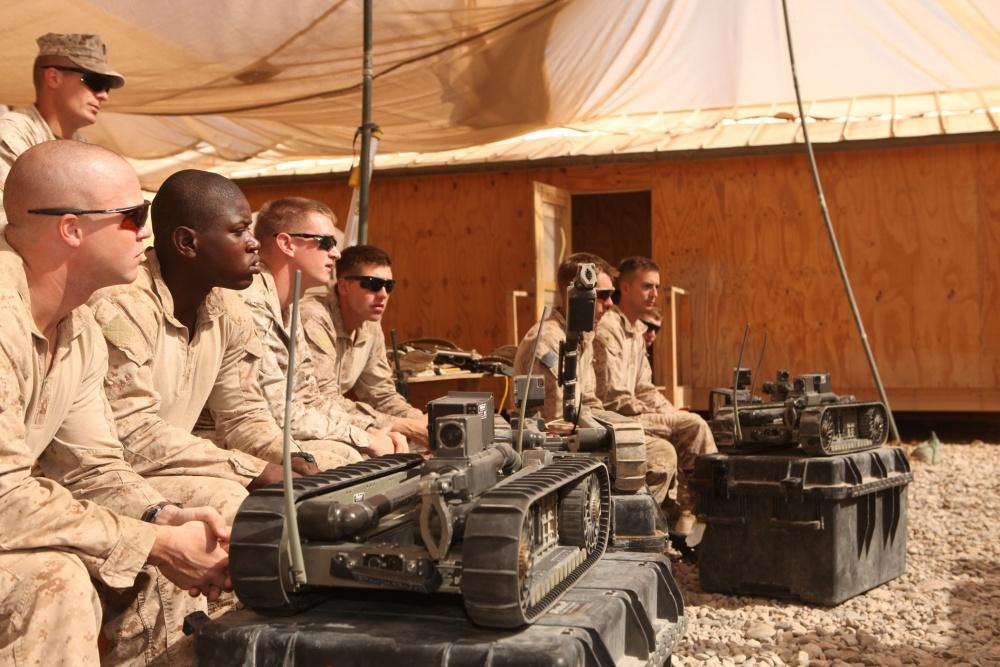 Во время войн в Ираке и Афганистане ВС США получили несколько тысяч роботов-сапёров.