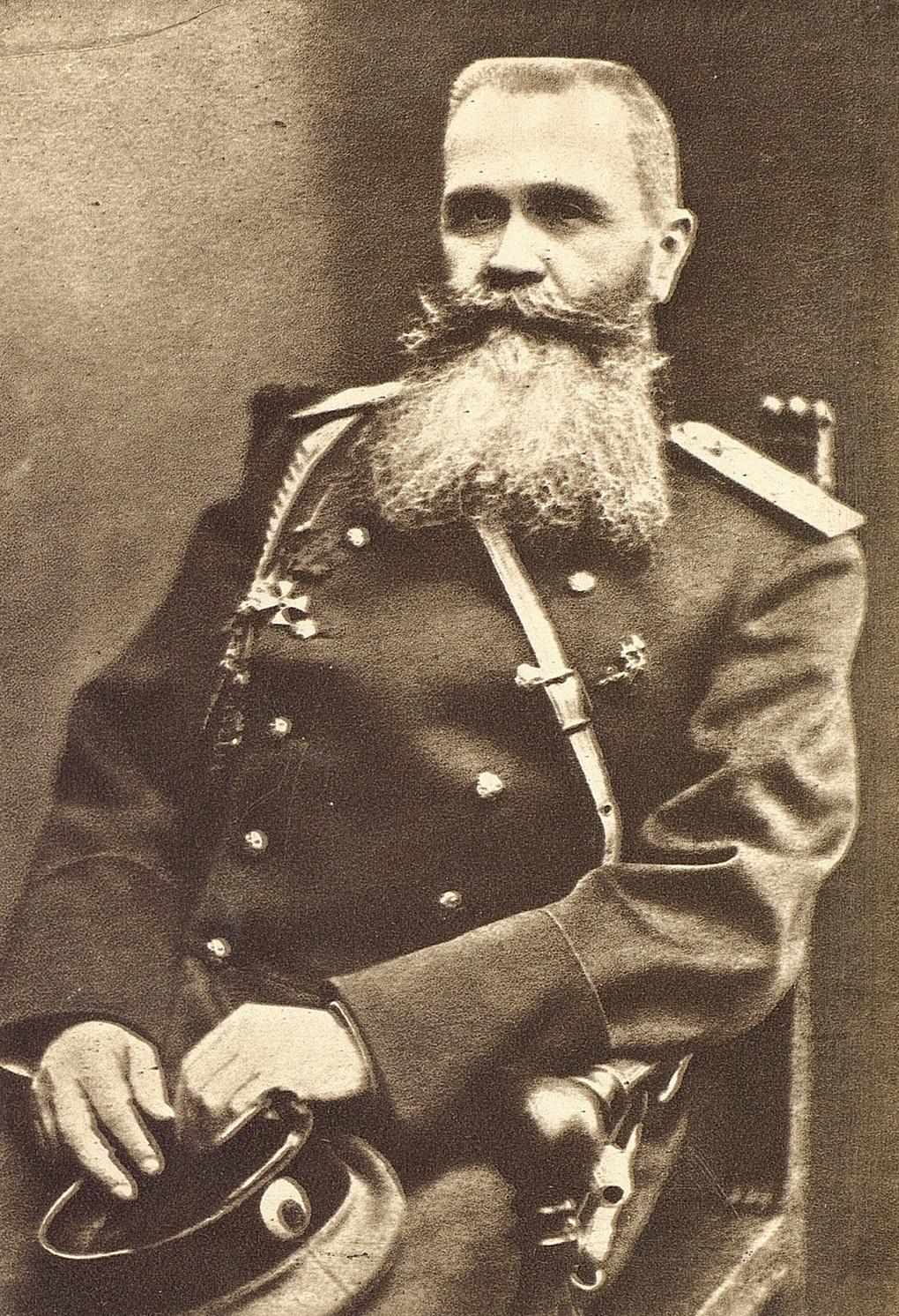 Командующий Юго-Западным фронтом генерал Н.И.Иванов.