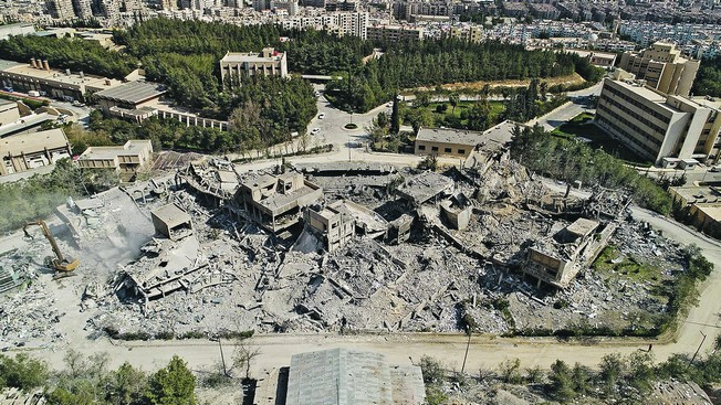 Жители Сирии: «Каждый разрушенный американцами дом мы восстановим»