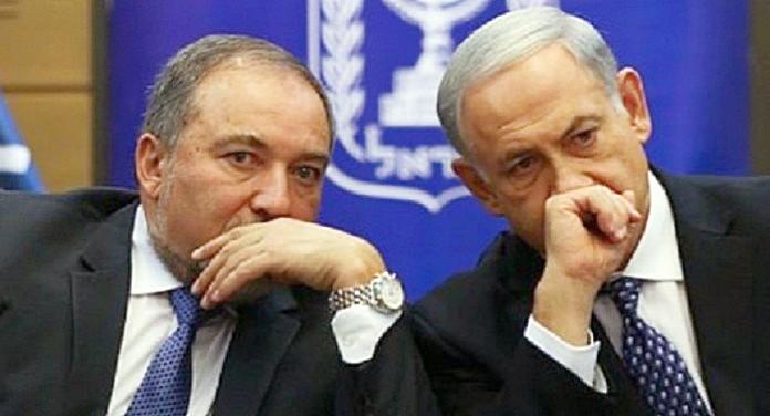 Биньямин Нетаньяху и Авигдор Либерман хотят повторить фокус с пробиркой. Теперь против Ирана.