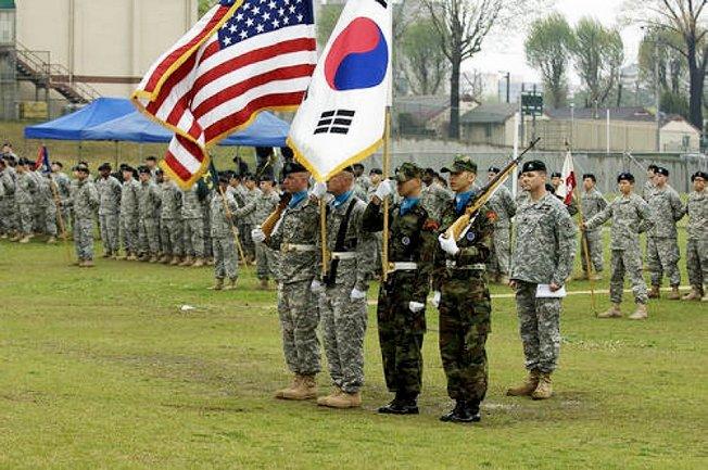 Американский контингент в Республике Корея.