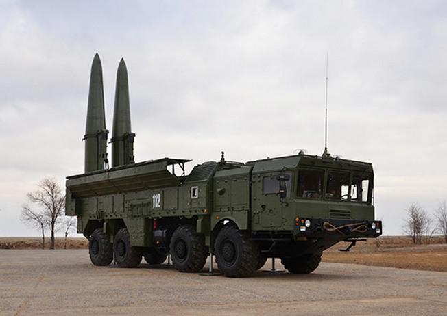 На вооружении армянской армии находятся четыре ОТРК 9К270 «Искандер».