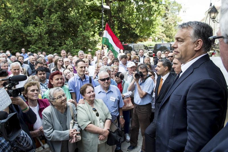 Премьер-министр Венгрии Орбан за защиту прав венгров проживающих на Украине.