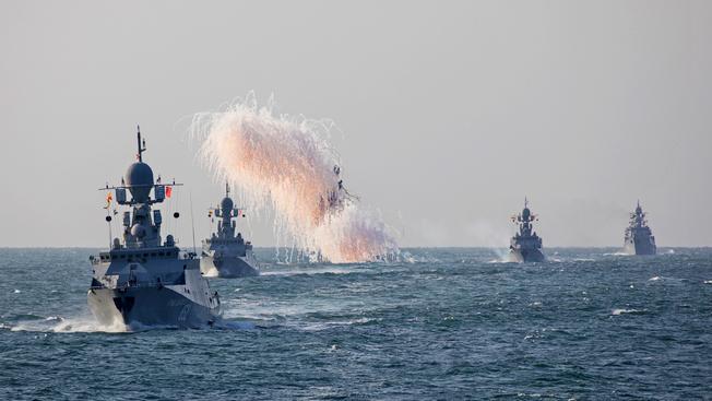 Как Каспийск готовится встречать военную флотилию