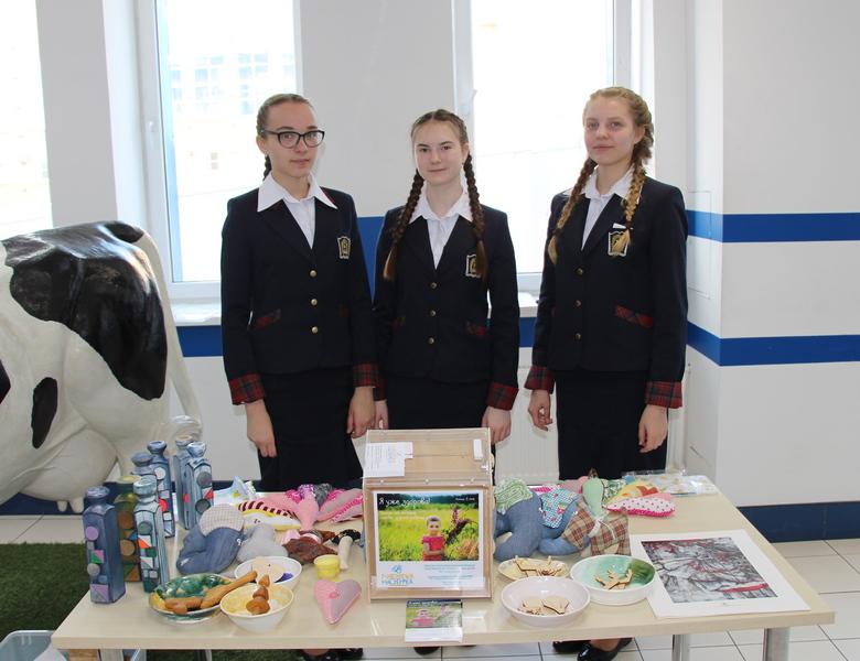 В Пансионе воспитанниц Министерства обороны России обучаются дочери военнослужащих.