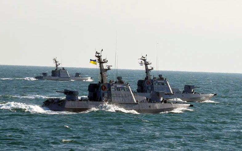 Катера ВМС Украины в Азовском море.