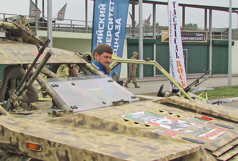 Глава Чеченской Республики Рамзан Кадыров осмотрел «Чаборз М-6».