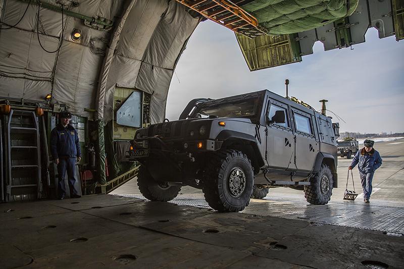 Отправка военной техники в Сирию.