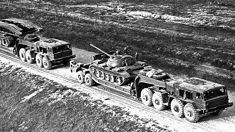 Перевозка войск в Афганистан.