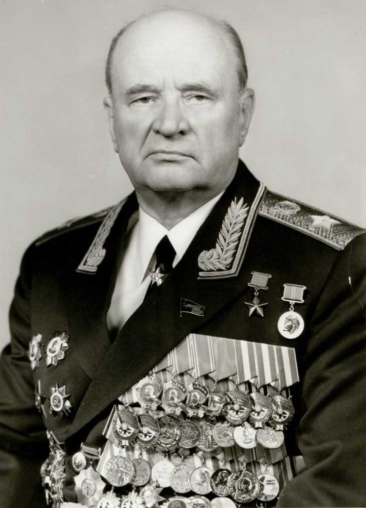 Герой Советского Союза генерал армии Петр Иванович Ивашутин.