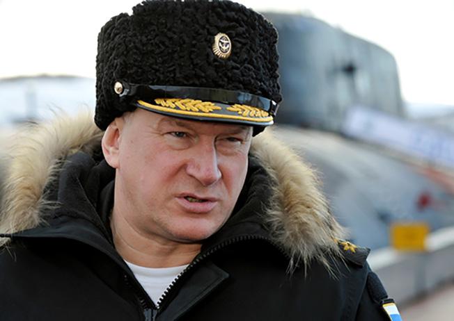 Командующий Северным флотом адмирал Николай Евменов.