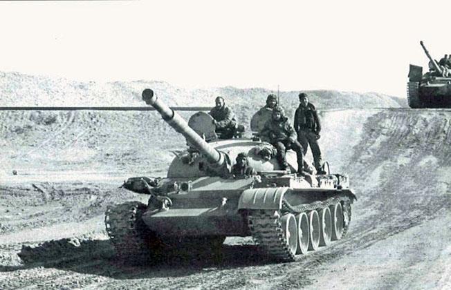 Сирийские танки идут на Тель-Авив.