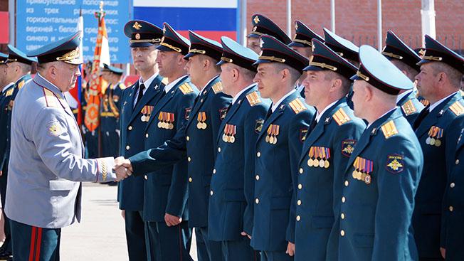 Стране нужен День офицера России