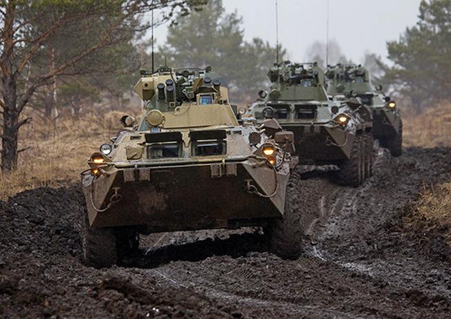 БТР-82А грязи не боятся...