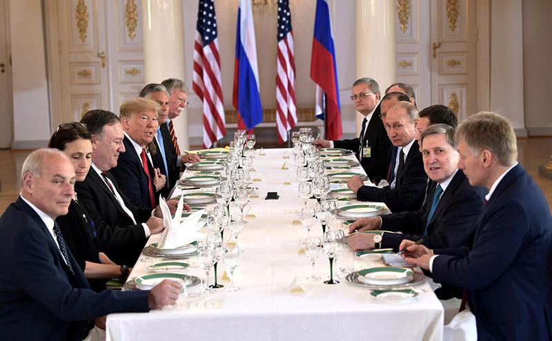 На встрече были достигнуты поставленные цели.