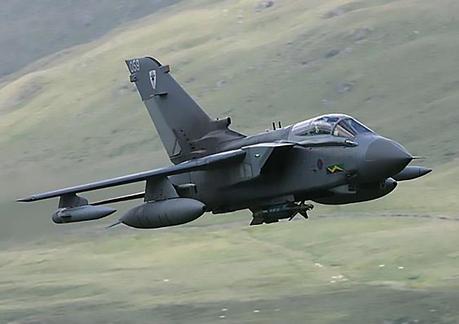 Истребитель «Tornado».