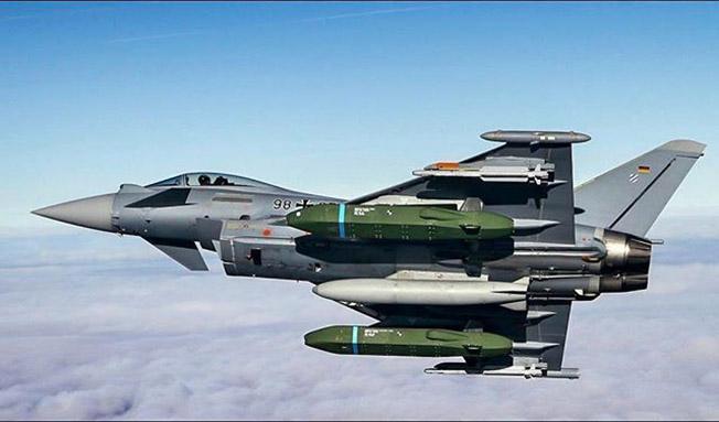 Истребитель «Eurofighter».