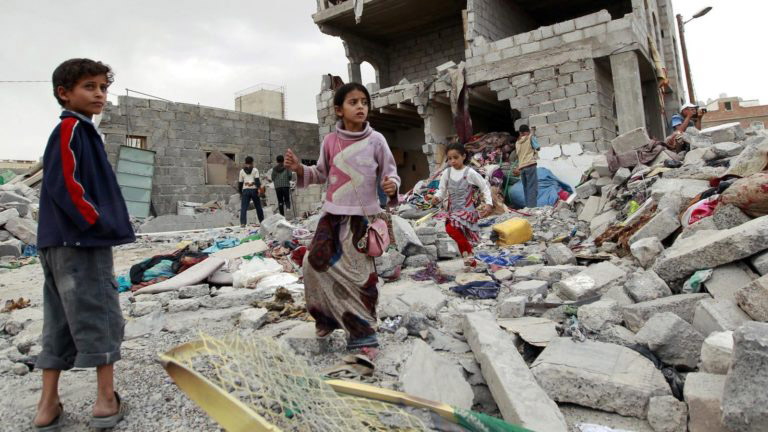 Йеменские населенные пункты после саудовской бомбежки.
