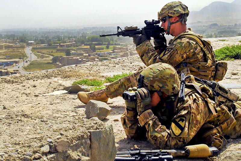 США провели военную операцию в Афганистане с минимальным присутствием своих вооруженных сил.
