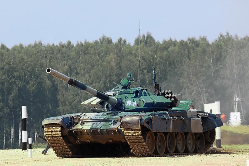 Основной боевой танк (ОБТ) Т-72.