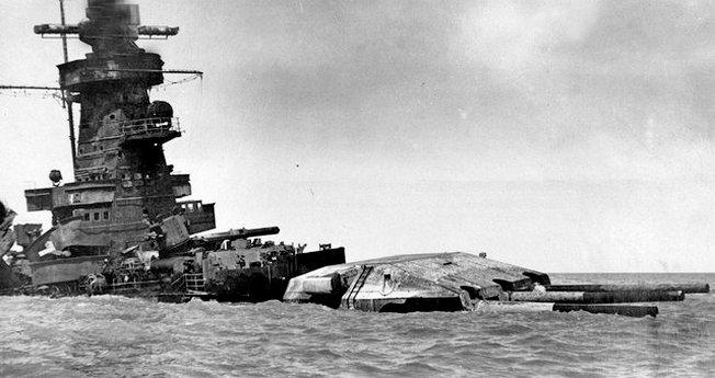 Затопленный линкор «Адмирал граф Шпее».
