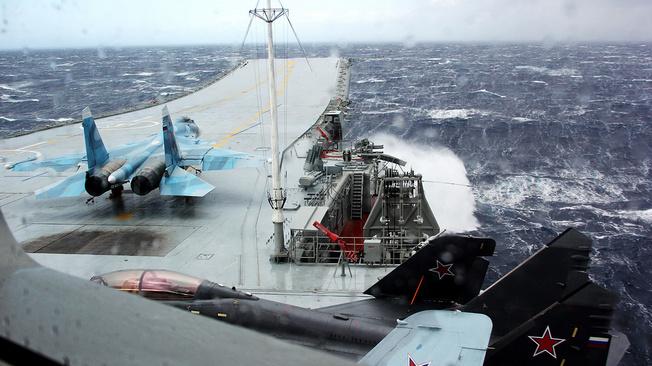 Авианосец для ВМФ России: за и против