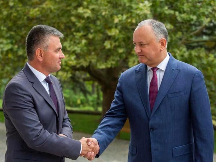 Президент Игорь Додон провел встречу с руководителем Приднестровья Вадимом Красносельским.